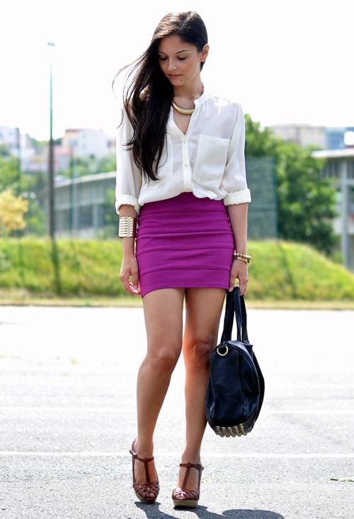 Wetlook pencil skirt with zip Bordeaux